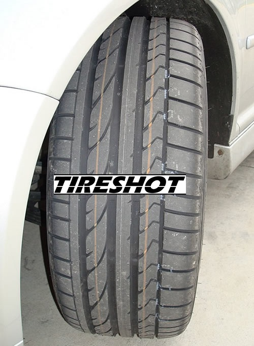Tire Bridgestone Potenza RE050