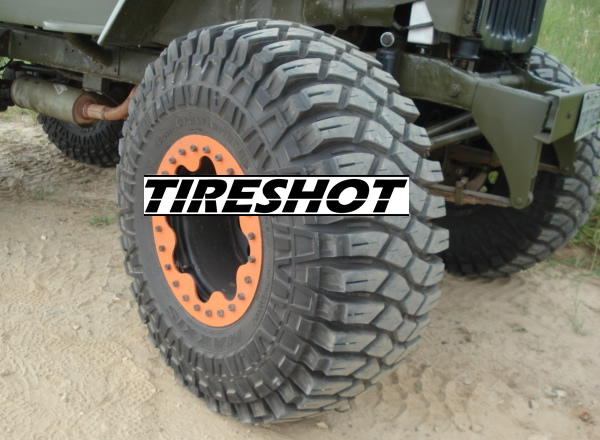 Tire Maxxis M8090 Creepy Crawler