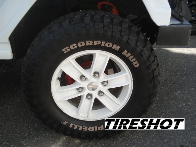 Tire Pirelli Scorpion Mud