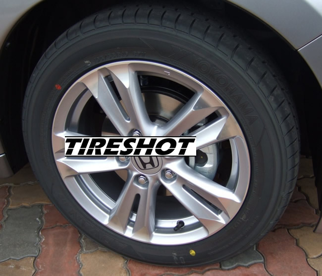 Tire Yokohama Advan A10